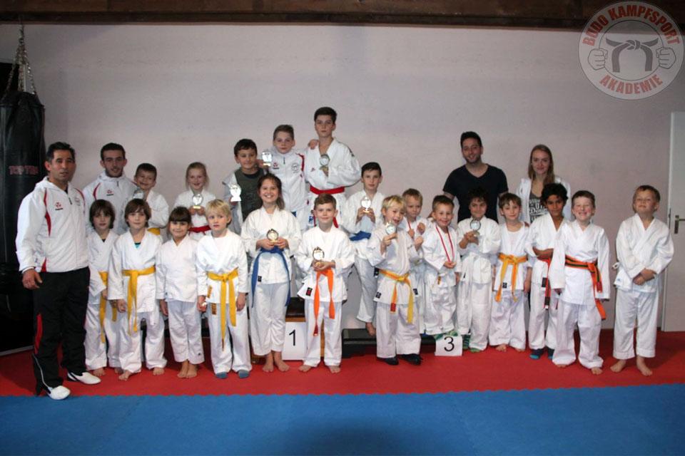 Vereinsmeisterschaft 2015 Kickboxen und Karate
