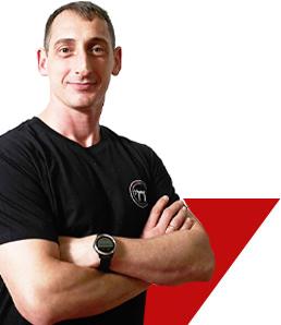 K1 Trainer Eduard Taach