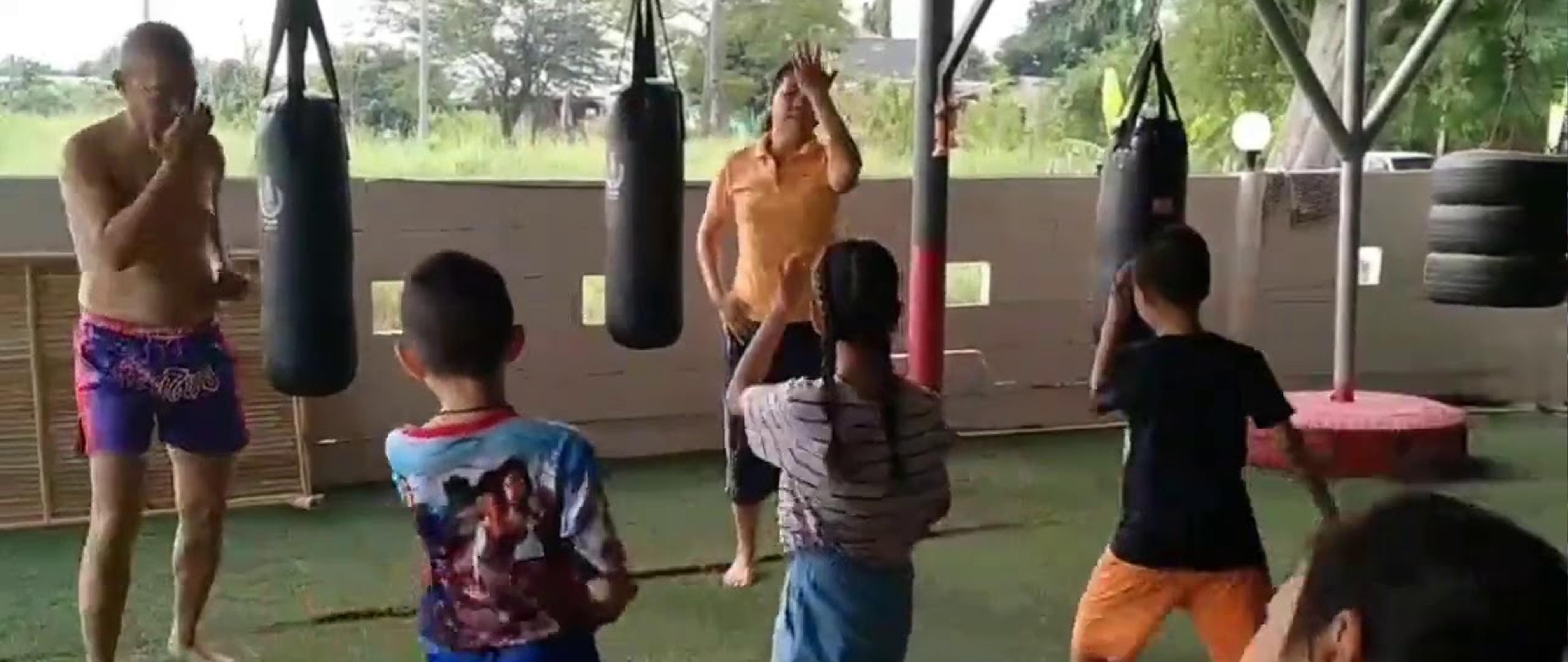 Muai Thai Training