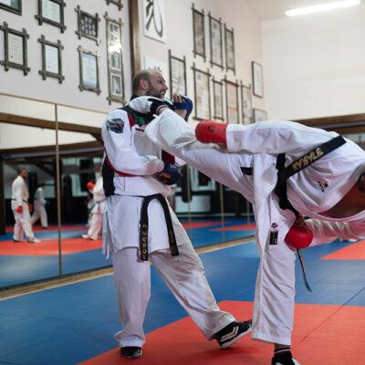 Karate Kumite Erwachsene Kicken